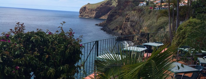 Inn & Art is one of Guide to Madeira's best spots.
