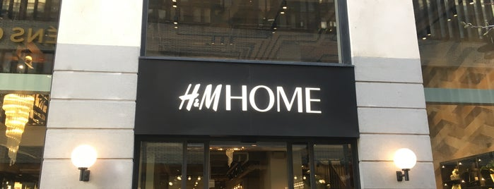 H&M Home is one of Locais curtidos por Oleksandr.