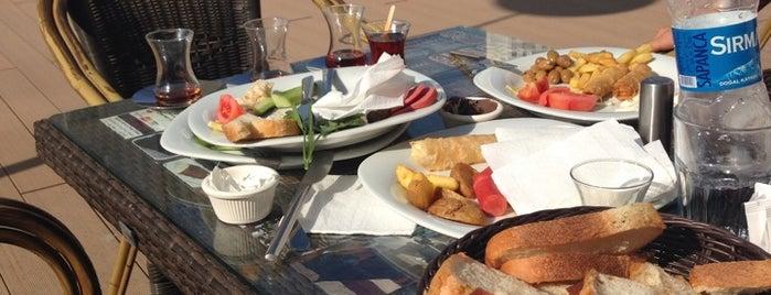 Regnum Joyfed Restaurants is one of Posti che sono piaciuti a Sevdenur.