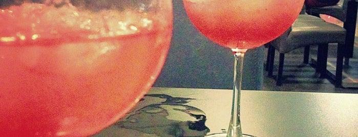 Delaboë Gin Bar is one of สถานที่ที่บันทึกไว้ของ Luis.