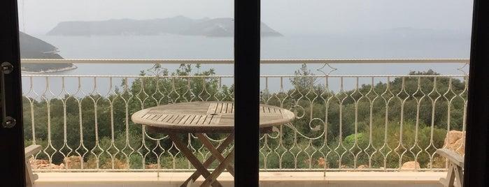 Derya Beach Apartment is one of Locais salvos de İzzet.