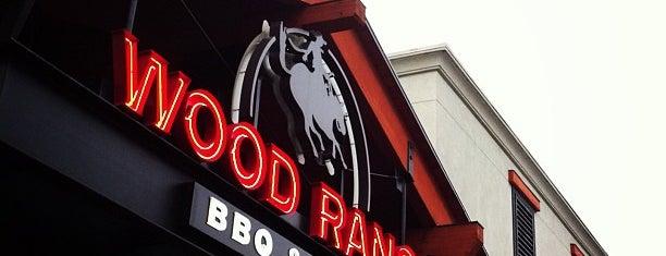 Wood Ranch BBQ & Grill is one of Tempat yang Disukai Grant.