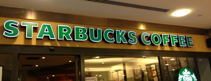 Starbucks is one of En beğendım mekanlar.