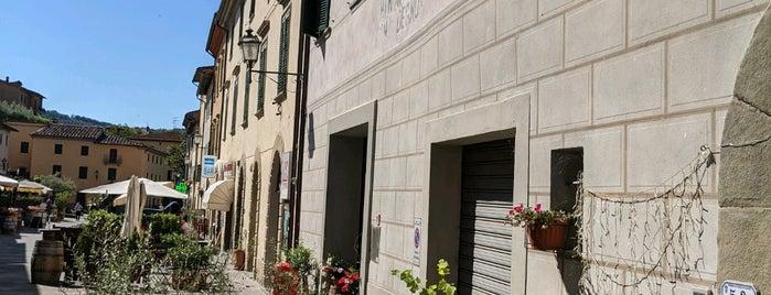 Gaiole in Chianti is one of Comuni del Chianti Classico.