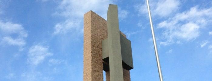 St. Thomas More is one of Orte, die Ryan gefallen.