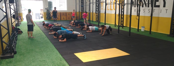 Yellow Monkey CrossFit is one of Orte, die Guilherme gefallen.