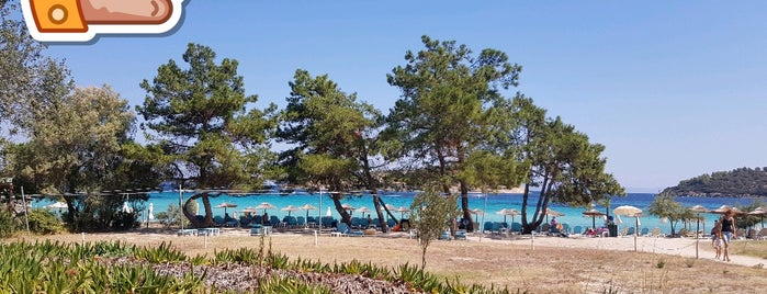 Lagonisi Beach is one of Chalkidiki.