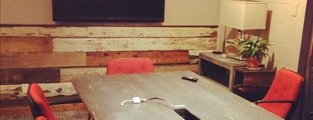 Common Desk is one of Lieux qui ont plu à Michael.