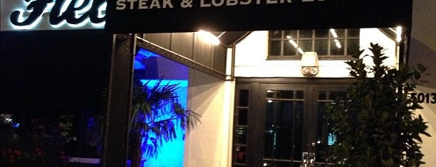 Steve Fields Steak and Lobster is one of Posti che sono piaciuti a Amy.