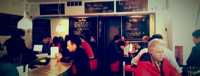 Bar Café 22 is one of Lieux qui ont plu à Ben.