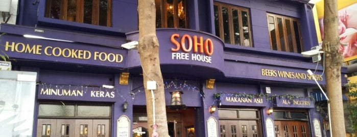 SOHO Free House & Pent House is one of George Town.