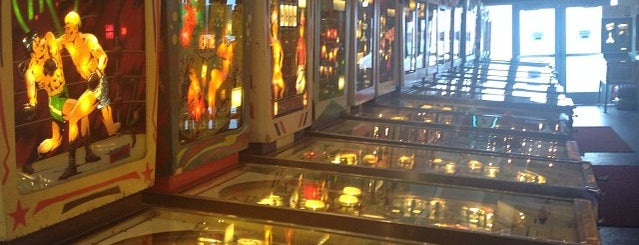 Silverball Museum is one of Arcades.