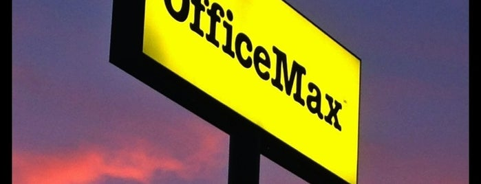 OfficeMax is one of Tempat yang Disukai Fernando.