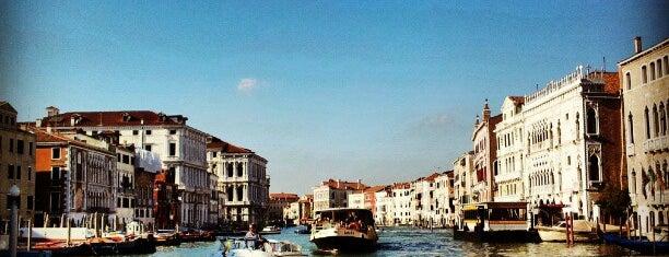 Mercato di Rialto is one of Travel.