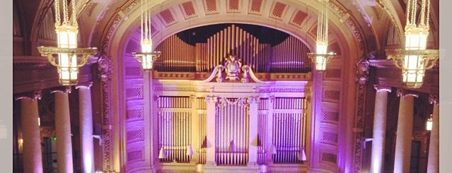 Woolsey Hall - Yale School of Music is one of Posti salvati di Aldon.