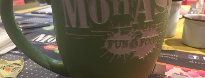 Monas Fun & Food is one of Oscarさんのお気に入りスポット.
