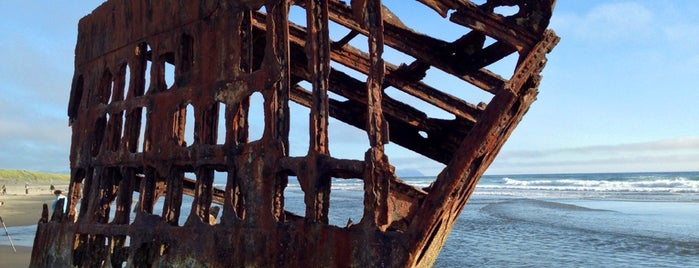 Peter Iredale Shipwreck is one of Lugares guardados de ilana.