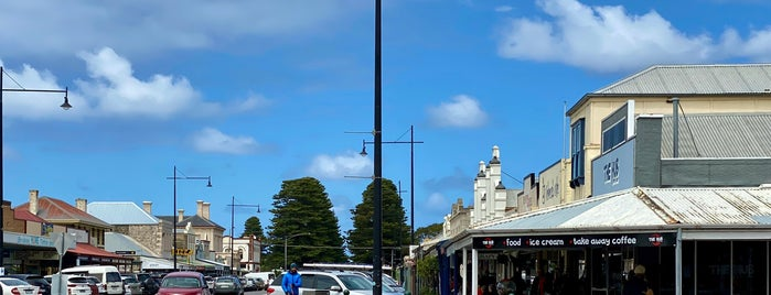 Port Fairy is one of Tempat yang Disukai Matthew.