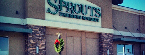 Sprouts Farmers Market is one of Lugares favoritos de Jeff.