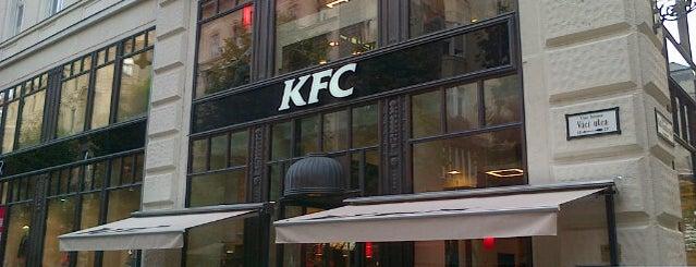 KFC is one of Lieux qui ont plu à Alyssa.