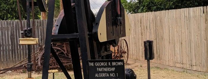 Garza County Museum is one of Gillian 님이 좋아한 장소.