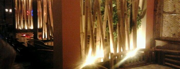 Bambu Beach Bar is one of Posti che sono piaciuti a Michaella.