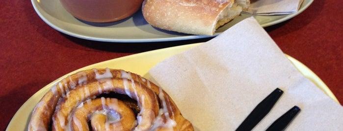 Saint Louis Bread Co. is one of Tempat yang Disukai ☕️.