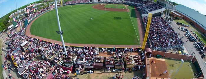 Dudy Noble Field is one of Nick's Liked Places.