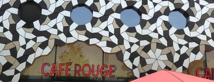 Café Rouge is one of Tempat yang Disukai Zerrin.