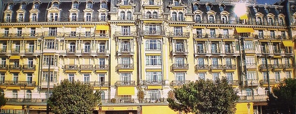Fairmont Le Montreux Palace is one of Hotels.