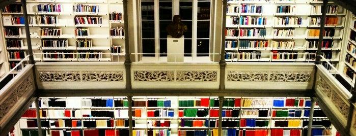 Universiteitsbibliotheek Binnenstad is one of Books everywhere I..