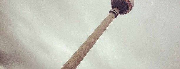 Torre della televisione di Berlino is one of Ich bin ein Berliner.