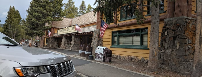 Fishing Bridge General Store is one of Wild West Travel - 2020.