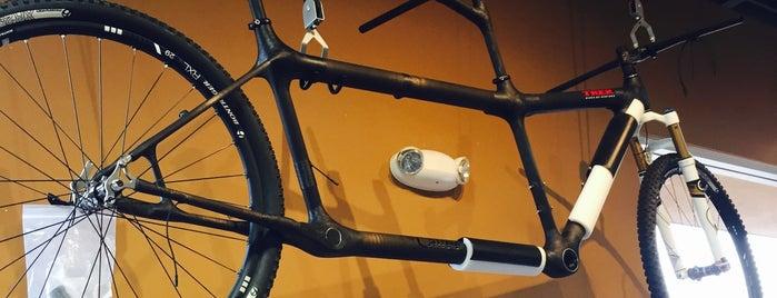 Trek Bicycles Of Ventura is one of Posti che sono piaciuti a Ryan.