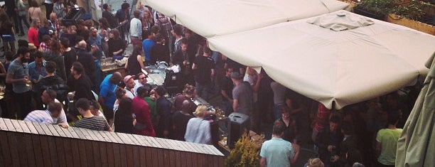 Rotterdam Biergarten is one of Johanさんのお気に入りスポット.