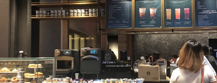 Starbucks is one of Rod 님이 좋아한 장소.