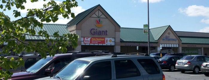 Giant Food is one of Lieux qui ont plu à Tywanna.