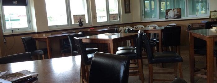 Mi Café Gourmet is one of Posti che sono piaciuti a Cristina.