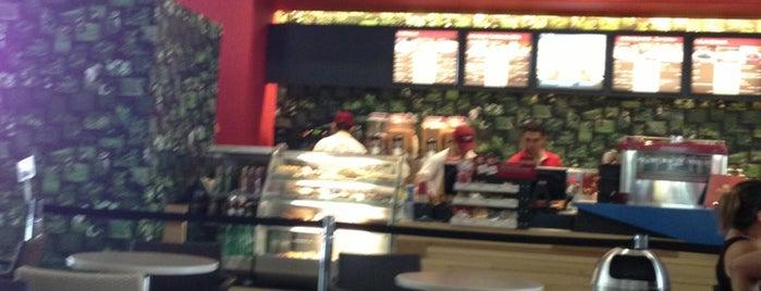 Juan Valdez Café is one of Lugares favoritos de Monica.