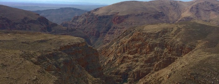Swartberg Pass is one of The Garden Route.