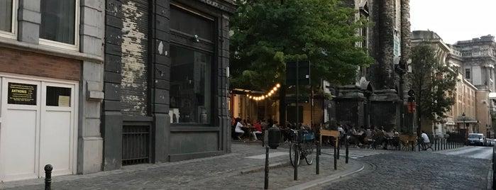 Café des Minimes is one of Bars.