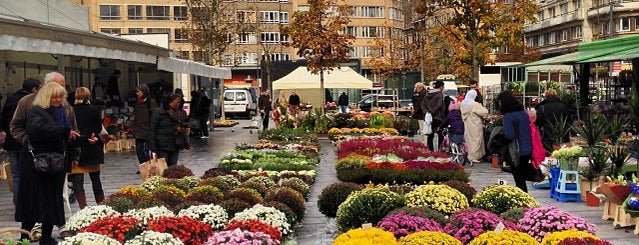 Marché de la Place Flagey / Markt Flageyplein is one of Bruxelles.