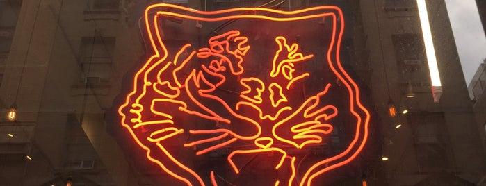 Onitsuka Tiger Pop-up is one of Locais curtidos por Darren K.
