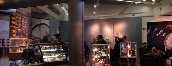 Coffee Fellows is one of Posti che sono piaciuti a Melissa.