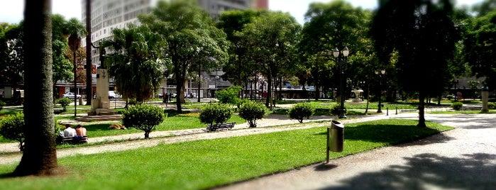 Praça Santos Andrade is one of Curitiba, Capital do Paisagismo e Bom Gosto.