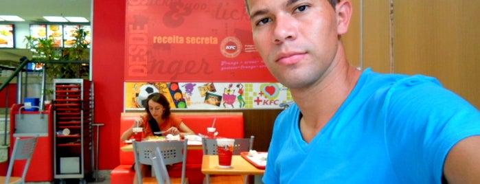 KFC is one of Rio de Janeiro por Sáimon Rio.