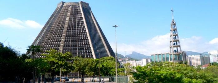 Catedral Metropolitana de São Sebastião is one of Rio de Janeiro por Sáimon Rio.