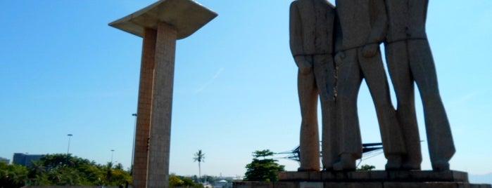 Monumento Nacional aos Mortos da II Guerra Mundial is one of Rio de Janeiro por Sáimon Rio.