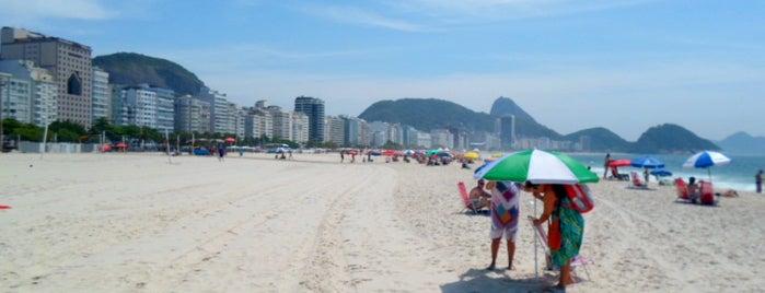 Praia de Copacabana is one of Rio de Janeiro por Sáimon Rio.