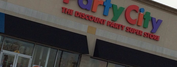 Party City is one of Crystal : понравившиеся места.